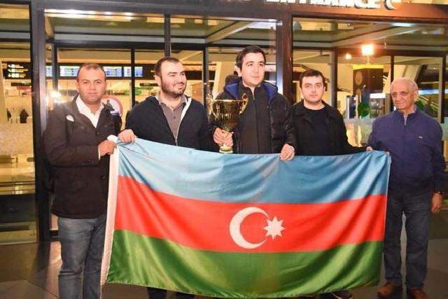 Azərbaycan şahmat yığması dünya çempionatında mübarizəyə başlayır