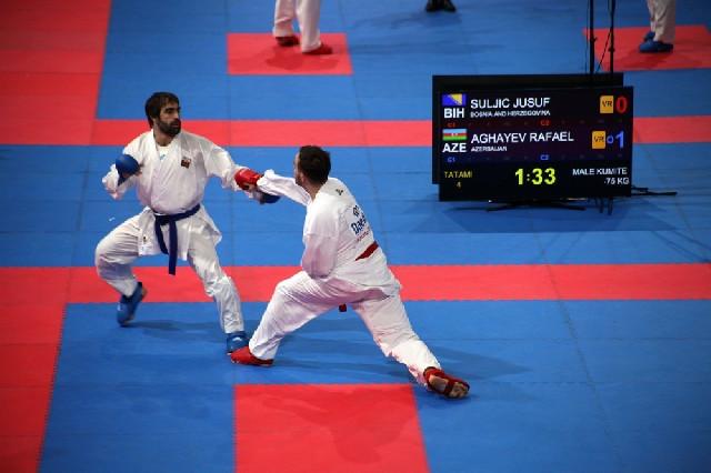 Rafael Ağayev Avropa çempionatının finalına yüksəlib