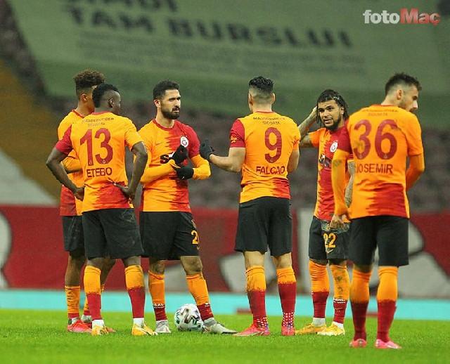 """""""Qalatasaray"""" 4 futbolçusu ilə vidalaşdı, 8-nin müqaviləsi başa çatır"""
