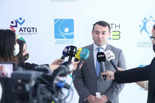 """ADBTİA """"İdman jurnalistikası"""" magistr proqramının məzunlarına diplomlar təqdim edilib"""