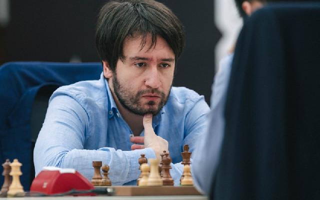 Rəcəbov Aronyanla heç-heçə etdi