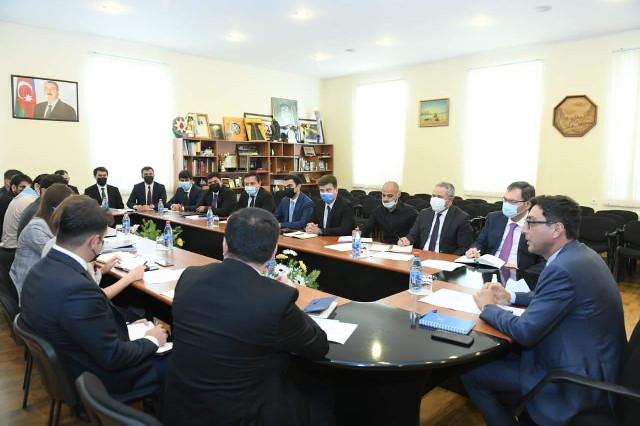 Nazir Fərid Qayıbov gənclər təşkilatlarının nümayəndələri ilə görüşüb