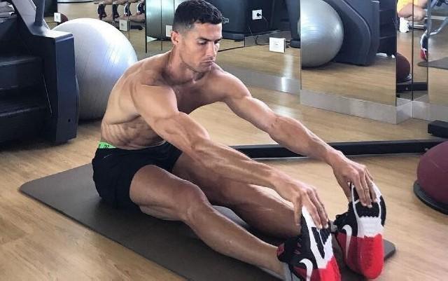 """Ronaldonun vücuduna baxanda insan heyran olur"""